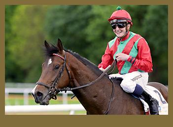 Boscaccio mit Jockey Dennis Schiergen